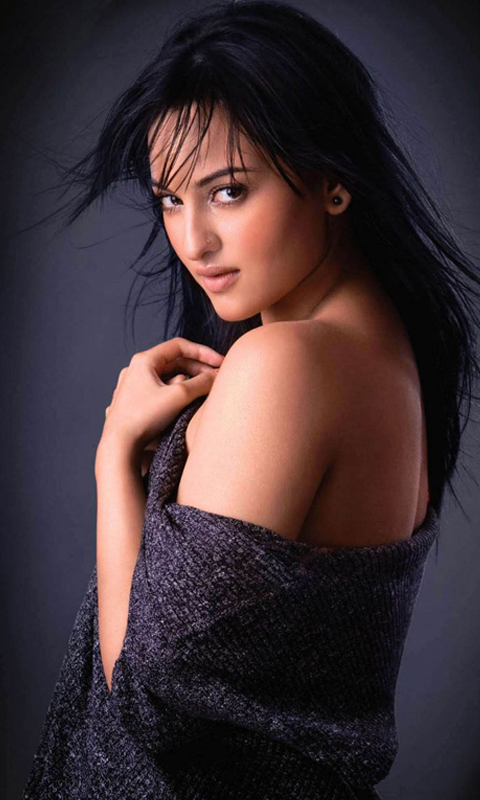 Gorgeous Sonakshi Sinha screenshot 1